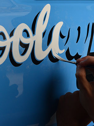 COOL CAMPERS – VW CAMPER SIGNWRITING